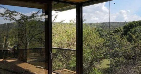 Jambo-Mara-Glass-Cottagecover-2-2.jpg